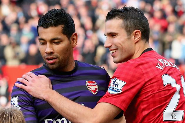André Santos Apologises to Arsenal Team-Mates for Van Persie Shirt Swap