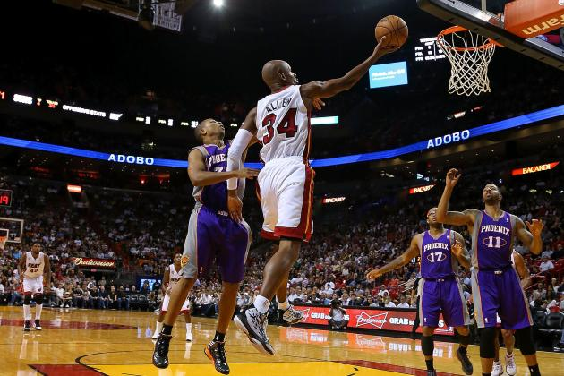 Miami Heat Scorch Phoenix Suns, 124-99