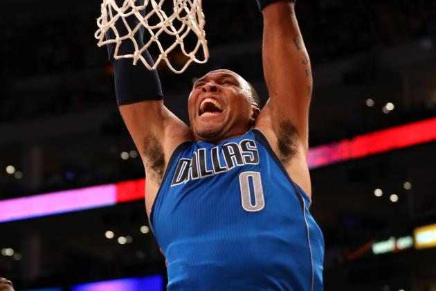Shawn Marion (Left Knee Strain) Leaves Game Early