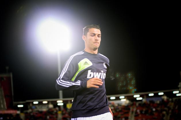 Ronaldo Addresses United and Chelsea Rumours