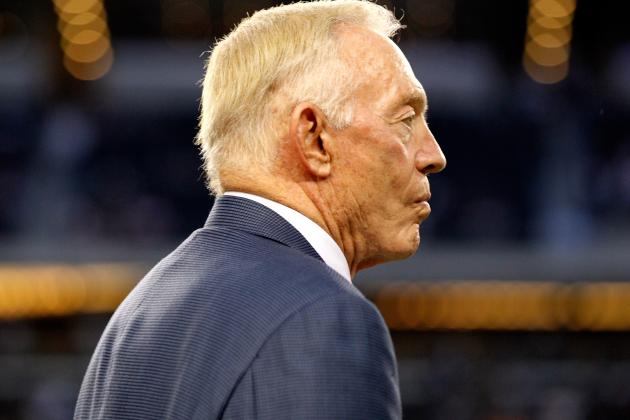 Jerry Jones on Hiring a General Manager: 'It's Just Not Going to Happen'