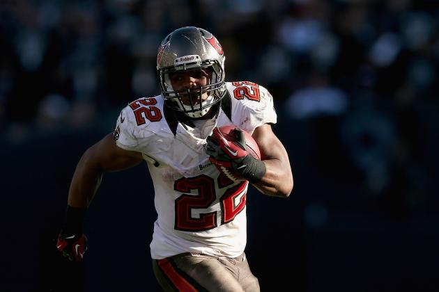 Doug Martin: Fantasy Owners Should Sell High on Breakout Buccaneers RB