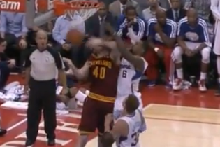 DeAndre Jordan Drops Tyler Zeller with Inadvertent 4th-Quarter Elbow