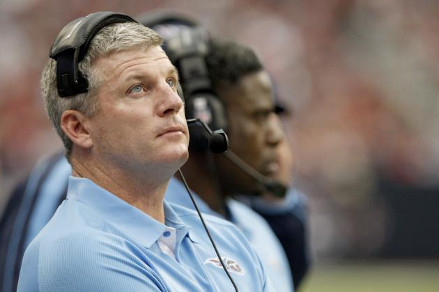 Tennessee Titans: Debating Whether Coach Mike Munchak Should Stay or Go