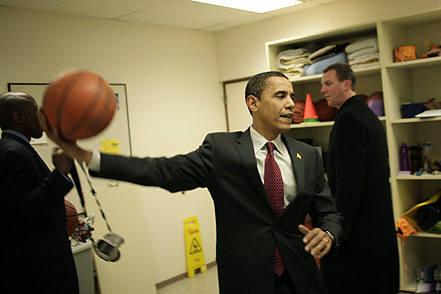 Barack Obama Hopes Scottie Pippen Is Election Day Good-Luck Charm