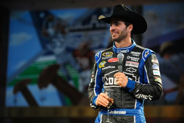 Jimmie Johnson Favored in Phoenix