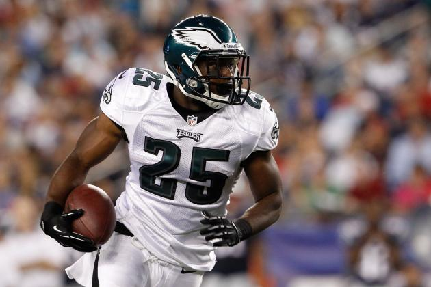Breaking Down What LeSean McCoy Is Doing and Why Andy Reid Is Ignoring It