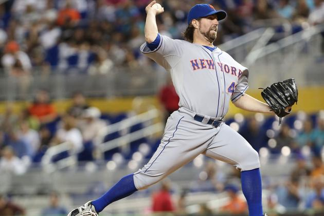 Mets Making Progress in Extension Talks with R.A. Dickey
