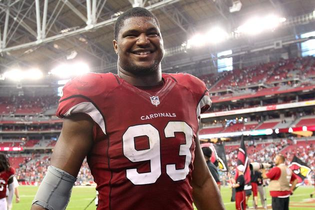 Arizona Cardinals' Calais Campbell Nursing Leg Injury