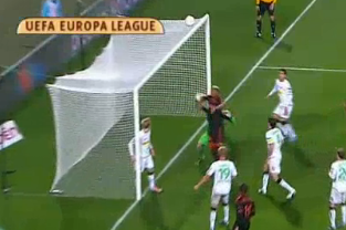 Joey Barton Scores Direct from a Corner Kick for Marseille
