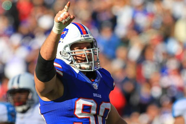 Chris Kelsay's Neck Injury Makes Buffalo Bills Defensive Line Even Thinner