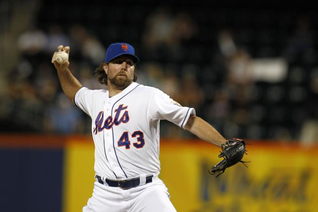 New York Mets: Trading R.A. Dickey Would Be a Mistake