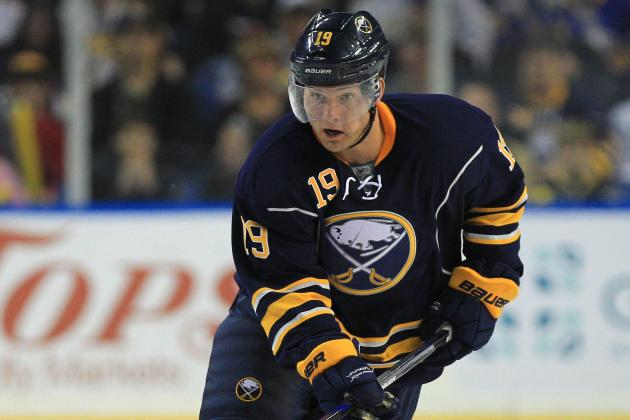 Sabres C Hodgson Breaks Hand in Minors