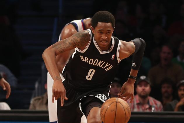 Nets' Brooks Sits with Hurt Ankle; Wallace out