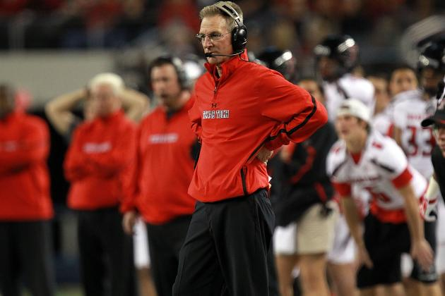 Texas Tech: Tommy Tuberville Slaps Assistant Coach over Miscommunication