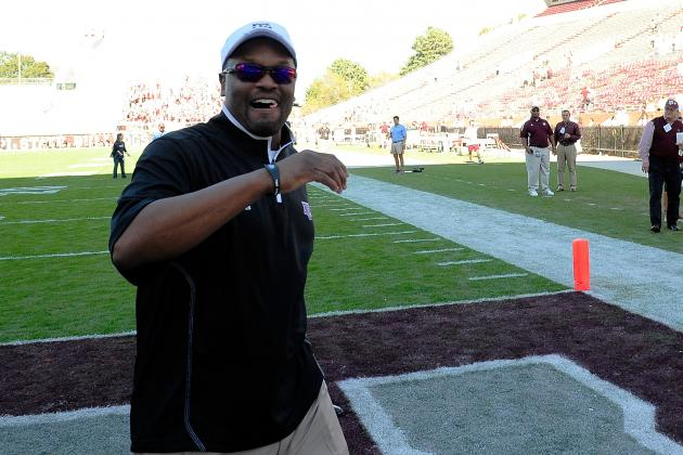 Video: Kevin Sumlin and Aggies Arrive Home to Wild Scene