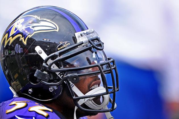 Injured Lewis to Attend Ravens' Game Sunday