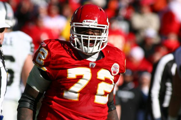 Chiefs Place DE Glenn Dorsey on Injured Reserve