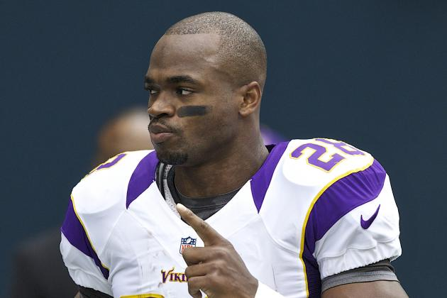 Adrian Peterson Eclipses 1,000 Yards Rushing on the Season