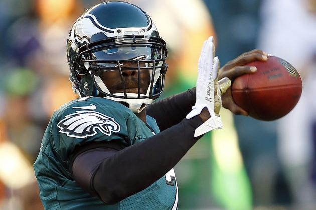 Michael Vick Injured, Leaves Eagles Game