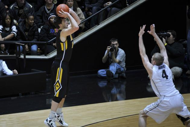 Perimeter a Good Fit for Iowa's Zach McCabe