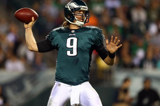Nick Foles: Rookie QB Should Sit for Rest of Year in Midst of Eagles' Chaos