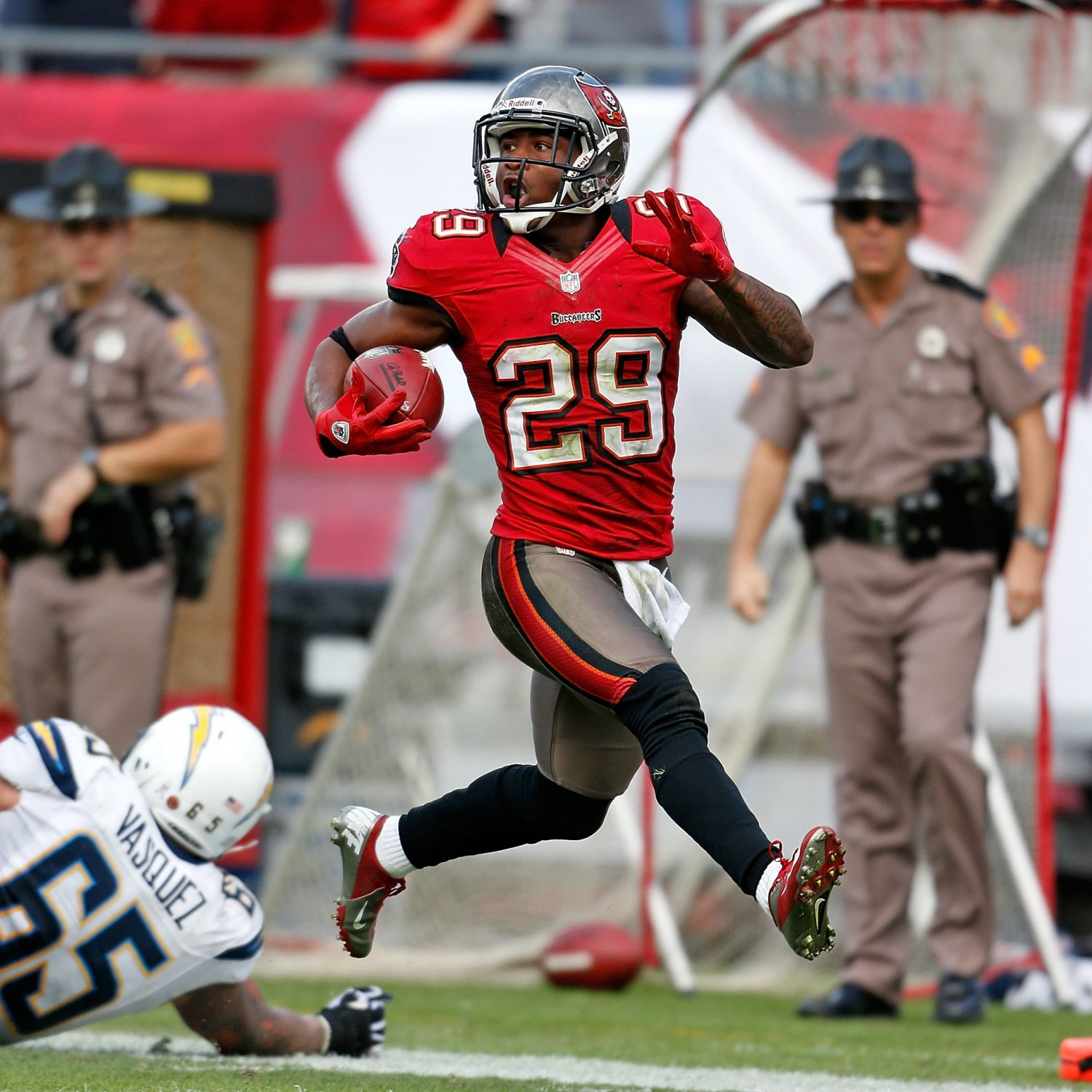 San Diego Chargers Bye Week 2014: Chargers Vs. Buccaneers: Tampa Bay Finding Multiple Ways