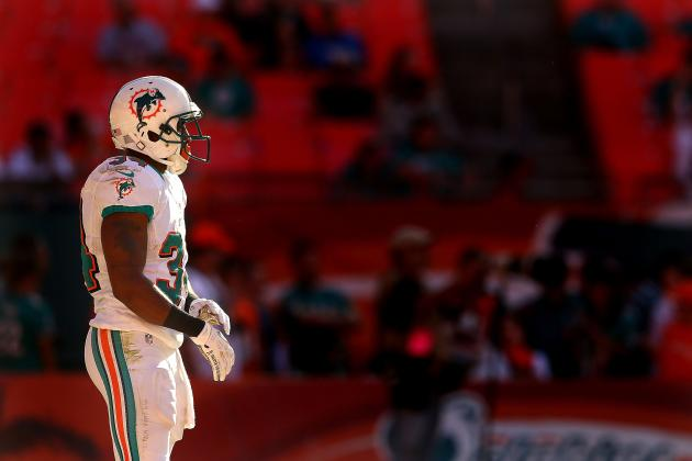How Do the Miami Dolphins Fit into the Playoff Picture After Week 10?