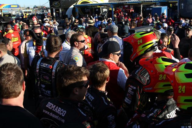 Controversial  Wreck Leads to Jeff Gordon Nearly Mugged by Clint Bowyer's Crew