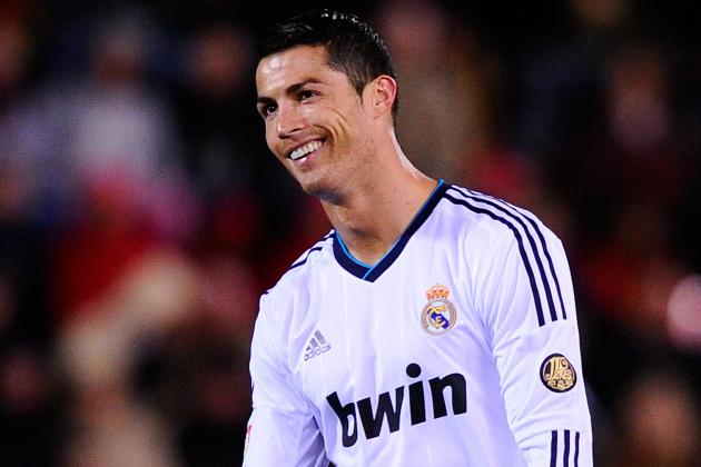 Ronaldo to Undergo Eye Tests