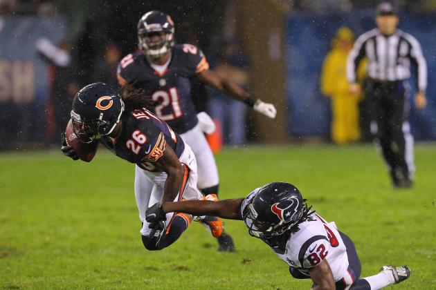 Two More Picks by Jennings Help Spare Bears a Bigger Beating