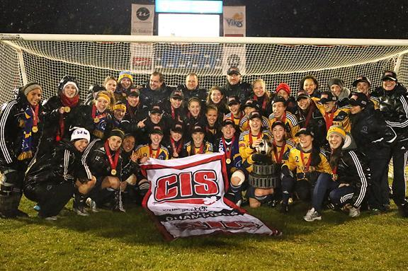 Queen's Golden Gaels Denied 3rd Consecutive Title in CIS Women's Soccer