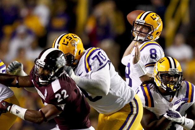 LSU's Offense Strikes a Balance, Finds Some Late-Season Success