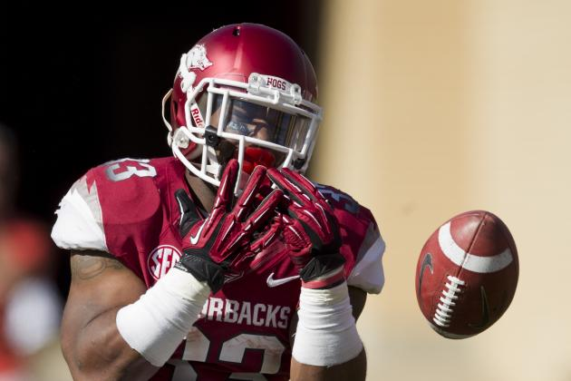 Penalties, Turnovers Hurt Arkansas Offense in Loss