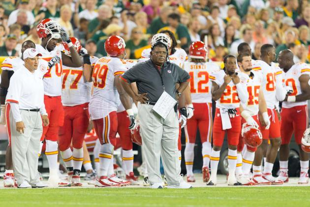 Chiefs vs. Steelers: Would a Kansas City Upset Sway Support for Romeo Crennel?