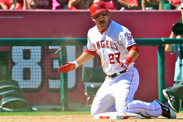Mike Trout Wins American League Rookie of the Year Award