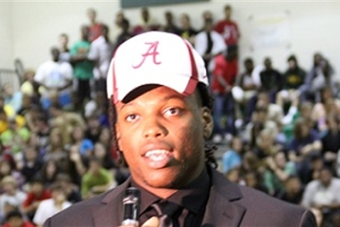 Why Derrick Henry Is Key to Alabama Landing 5-Star OT Laremy Tunsil