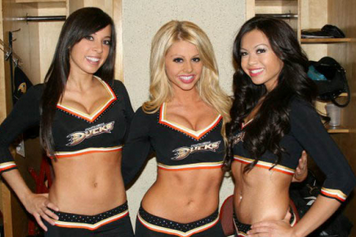 Best Cheerleading Uniforms in Sports