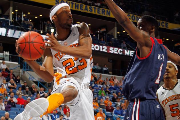 UT Men's Basketball Has Found Confidence over Past Year