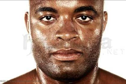 UFC: Would an Interim Middleweight Title Make Sense in Anderson Silva's Absence?