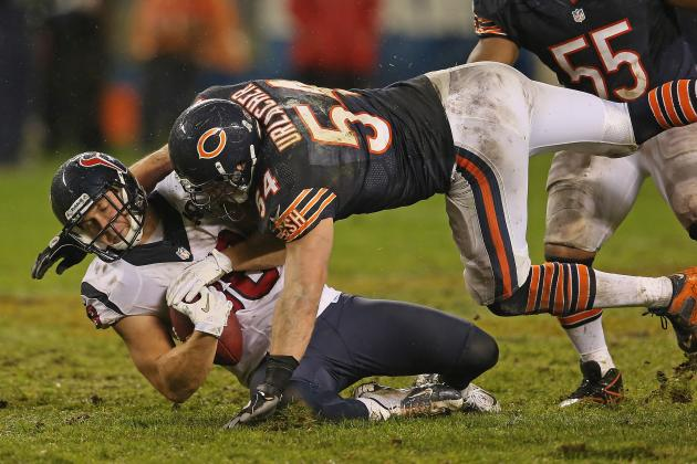 Urlacher Doesn't Care If People Don't Like Him Congratulating Opponents