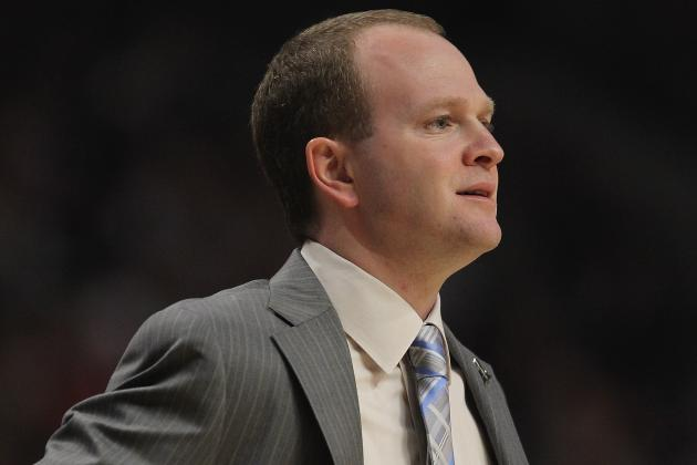 Detroit Pistons Coach Lawrence Frank Retains Sense of Humor During Tough Times