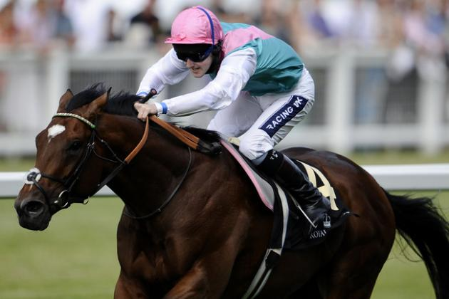 Horse Racing-Unbeaten Frankel Gallops Away with Award