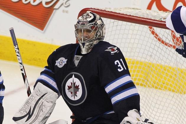 Jets Goalie Ondrej Pavelec Returning to Canada