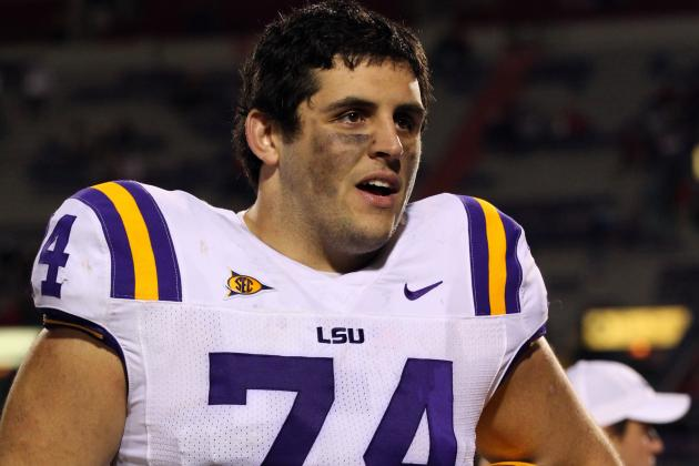 Les Miles Hopes OL Josh Williford Returns for Finale