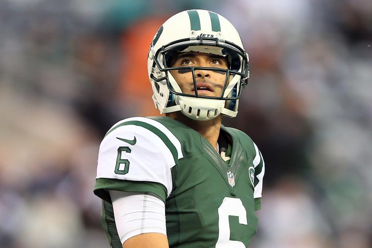 Mark Sanchez vs. Tim Tebow: Which QB Makes Most Sense for Jets Down the Stretch?