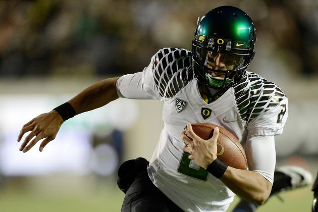 Stanford Seeks to Slow Oregon, Batter Its Quarterback