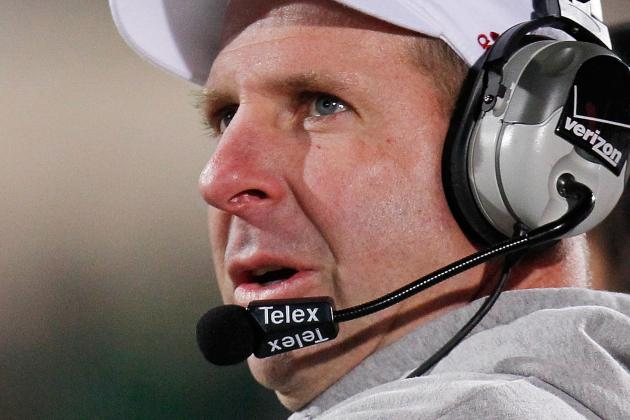 Arkansas May Target Pelini as Next Coach