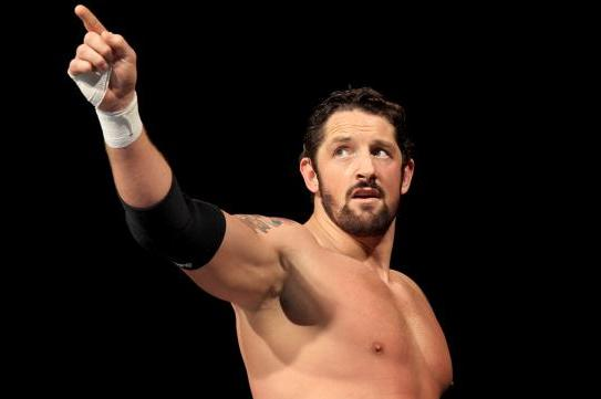 Wade Barrett: Will  the Barrett Barrage Get More Momentum on Raw or SmackDown?
