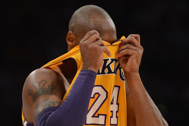 L.A. Lakers' Knee-Jerk Management Will Ruin Kobe's Shot at Sixth Ring